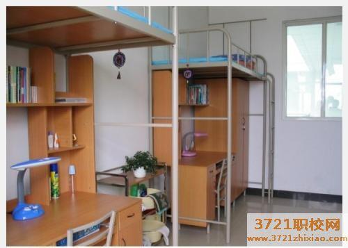 西安高新技师学院宿舍情况和食堂条件好不好